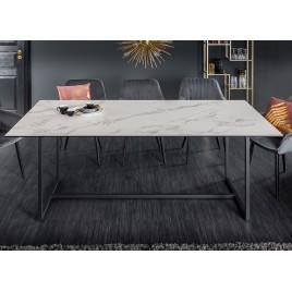Table de salle à manger céramique blanc aspect marbre et piétement métal
