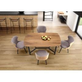 Table rectangulaire en bois à bords arrondis et piétement en métal