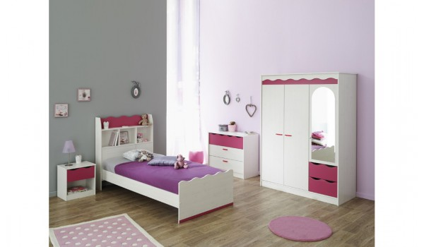lustre chambre fille dcoration intrieure chambre bb enfant nursery unisexe fille garon lit. Black Bedroom Furniture Sets. Home Design Ideas