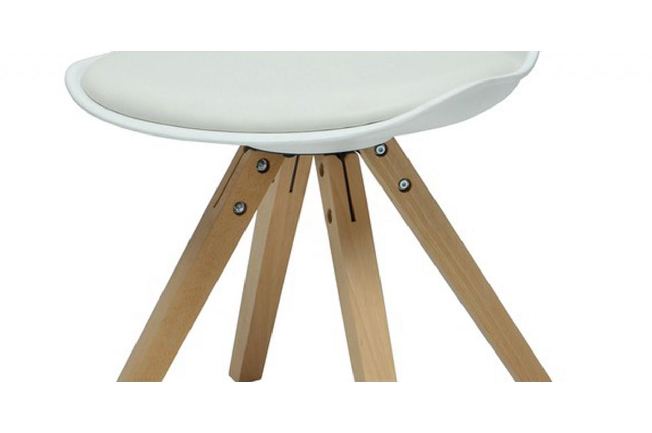Chaises de s jour tendance loa cbc meubles for Chaise de salle a manger tendance