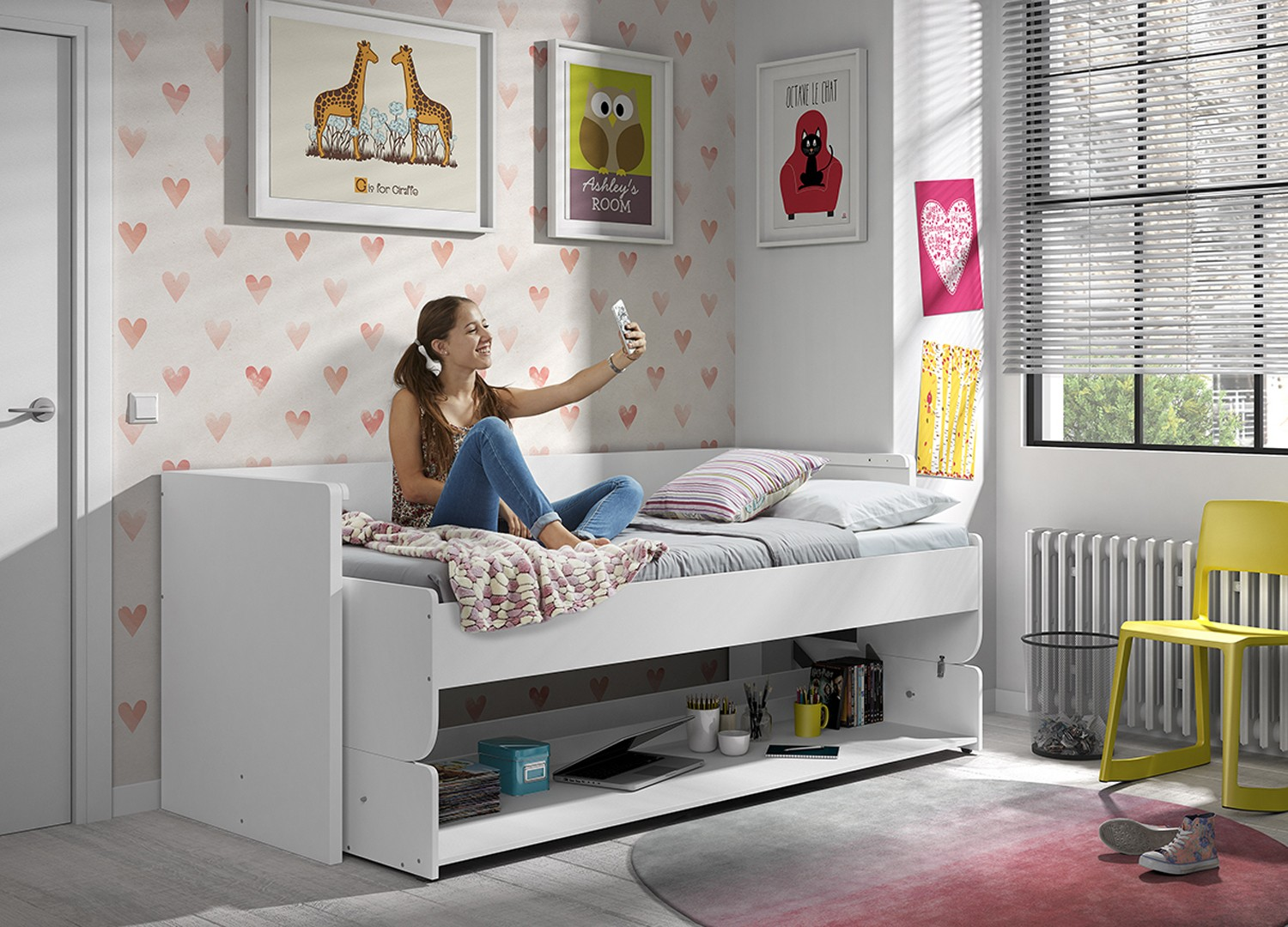 lit gain de place studio cool le lit gain de place avec bureau rtractable lit hypnos euros chez. Black Bedroom Furniture Sets. Home Design Ideas